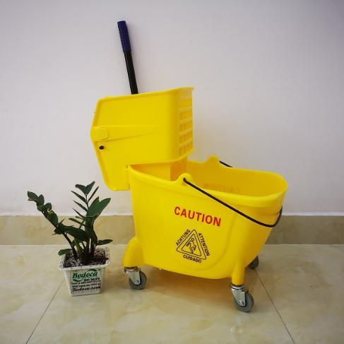 Xe vắt nước đơn lau sàn 24L