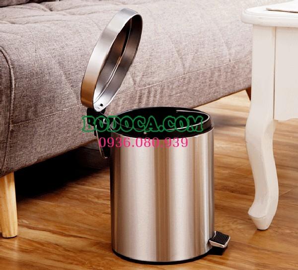 Mua thùng rác inox đạp chân 7L